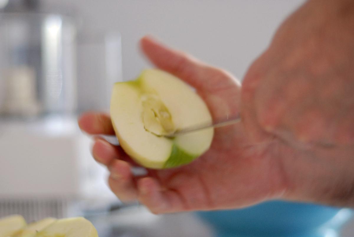 coring-apple-tarte-tatin-granny-smith.png