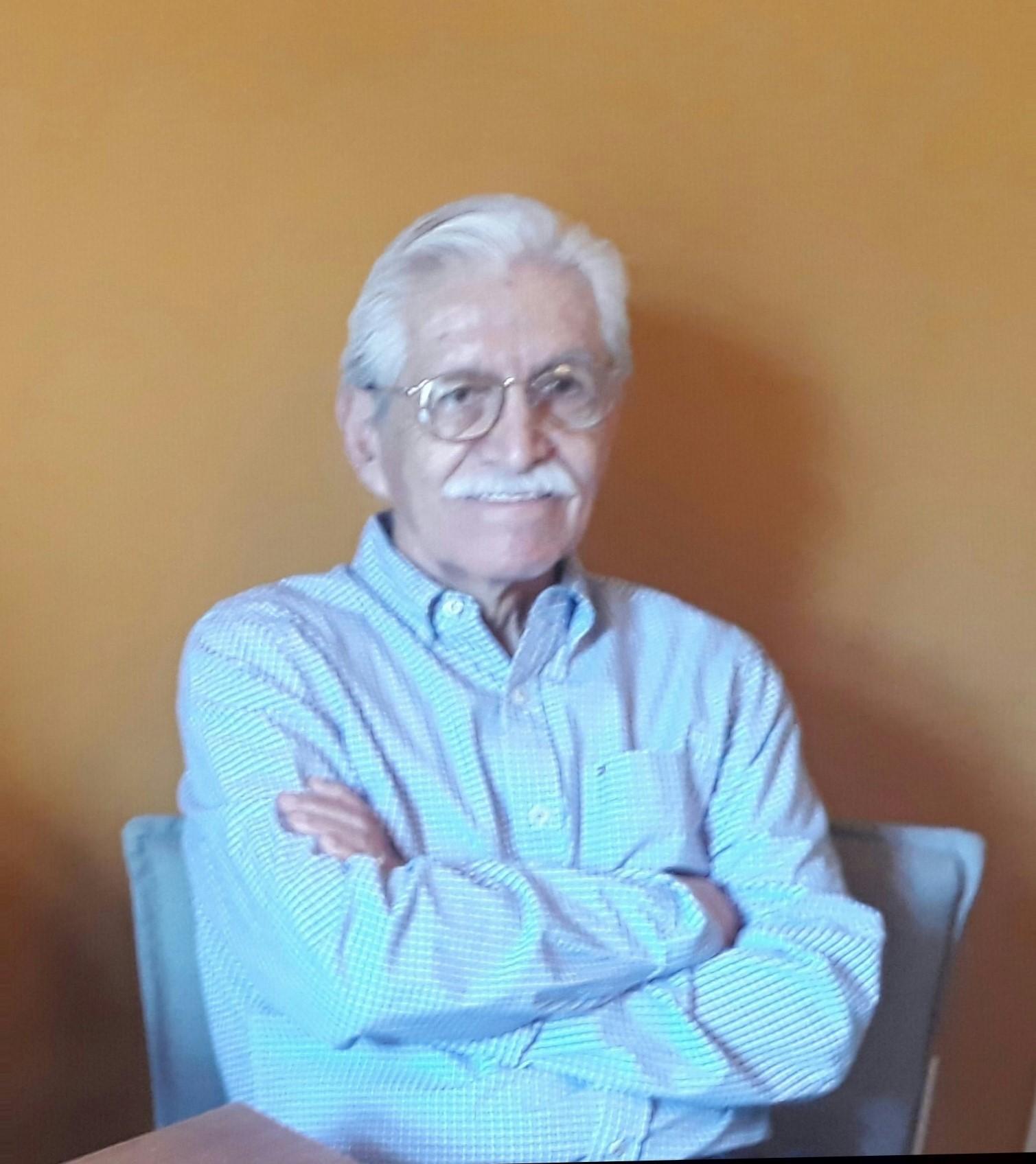 Dr. Arturo Parra Moreno