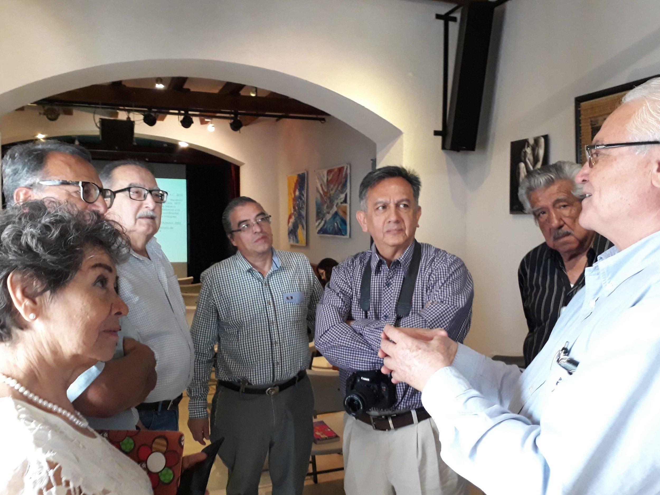 Lupita, Pedro, Salvador, Javier, Pepe, Octavio y Emeterio