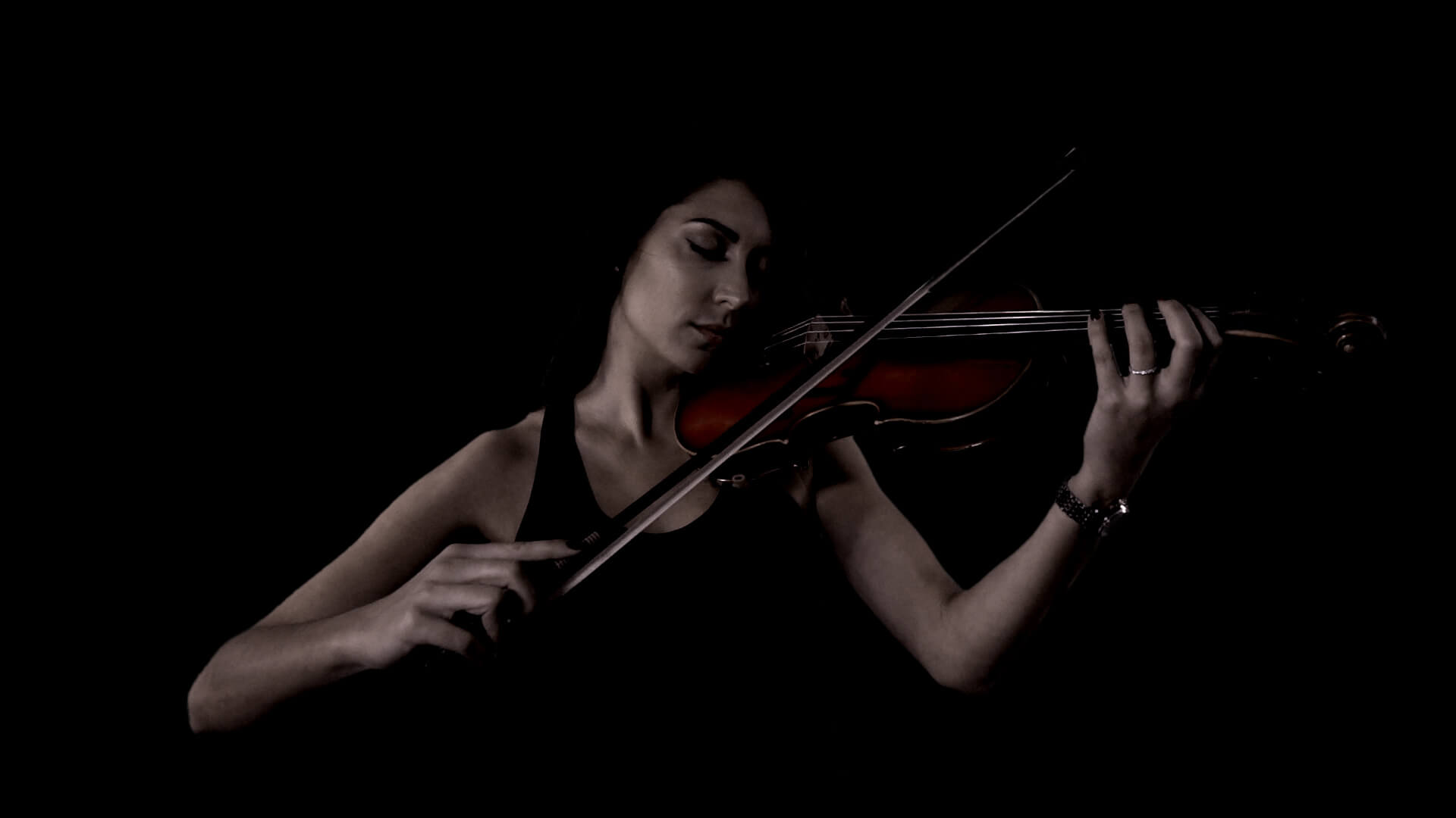 just add video - greenscreen violin.jpg