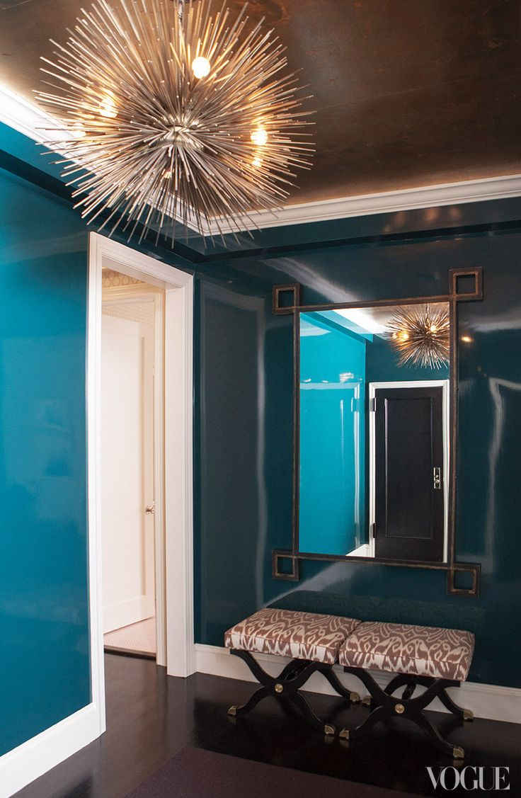 High Gloss Peacock Foyer
