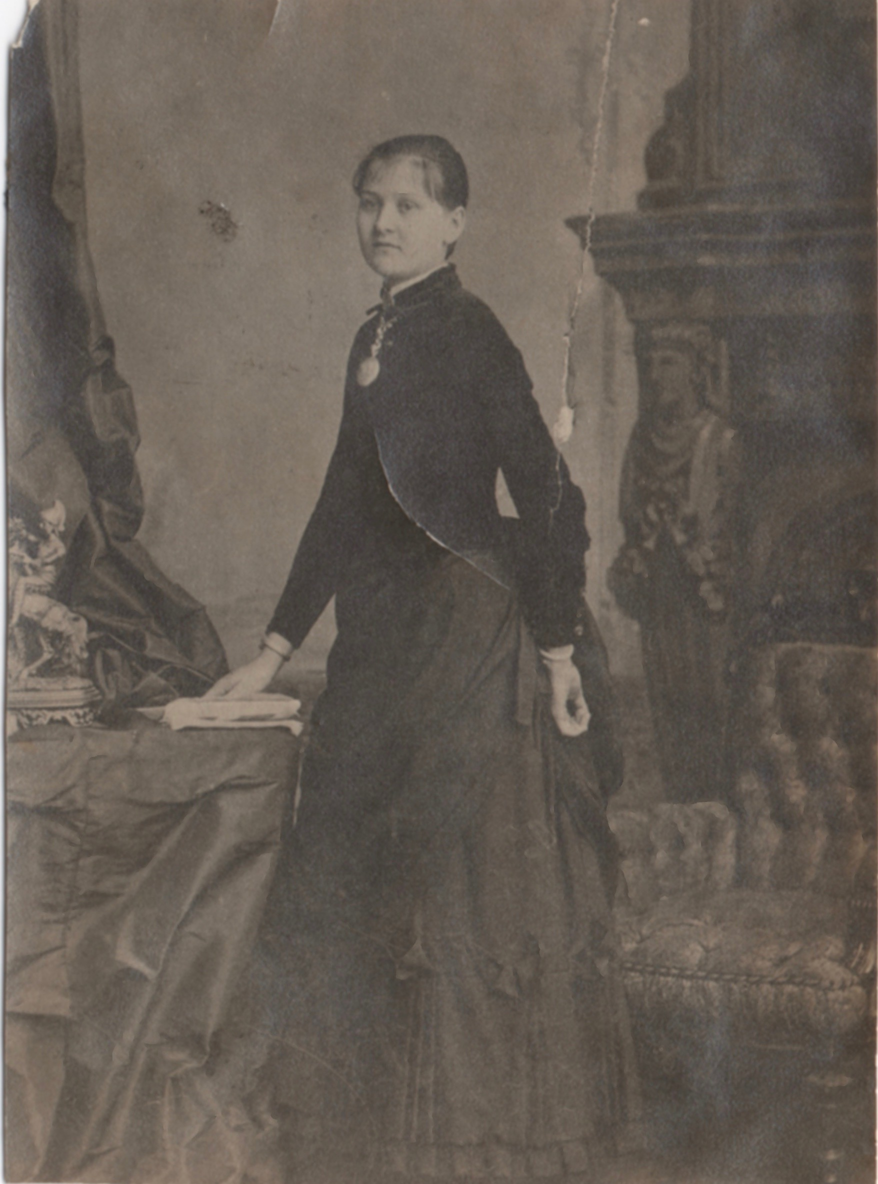 Margaret Deniston Young Starrett, in a studio portrait likely taken around the time of her marriage. The photo is from a family album and is undated.