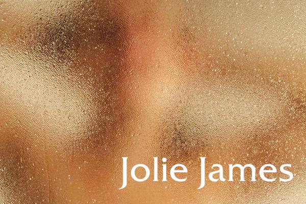 Jolie James