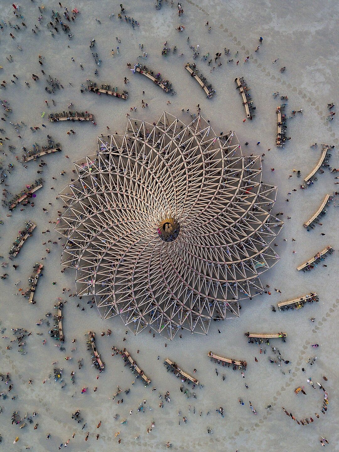 Temple Galaxia - Burning Man 2018 with all of the participants surrounding the temple from a bird's eye view - Photo by Alex Medina