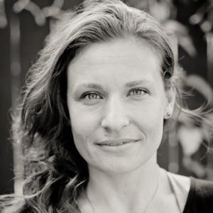 Jennifer Lauren, Shunya Gates Temple