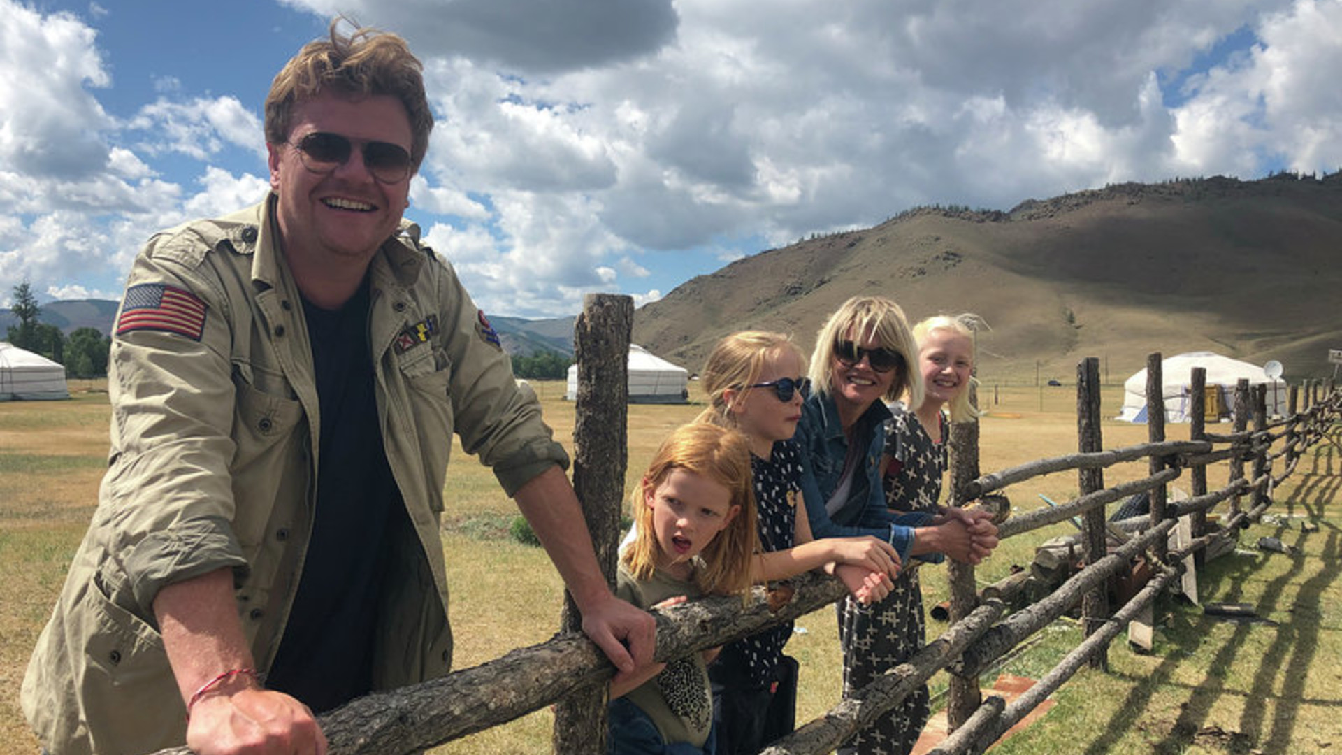 Ragas Reist Rond - A Family Journey through Mongolia - RTL Holland 2018