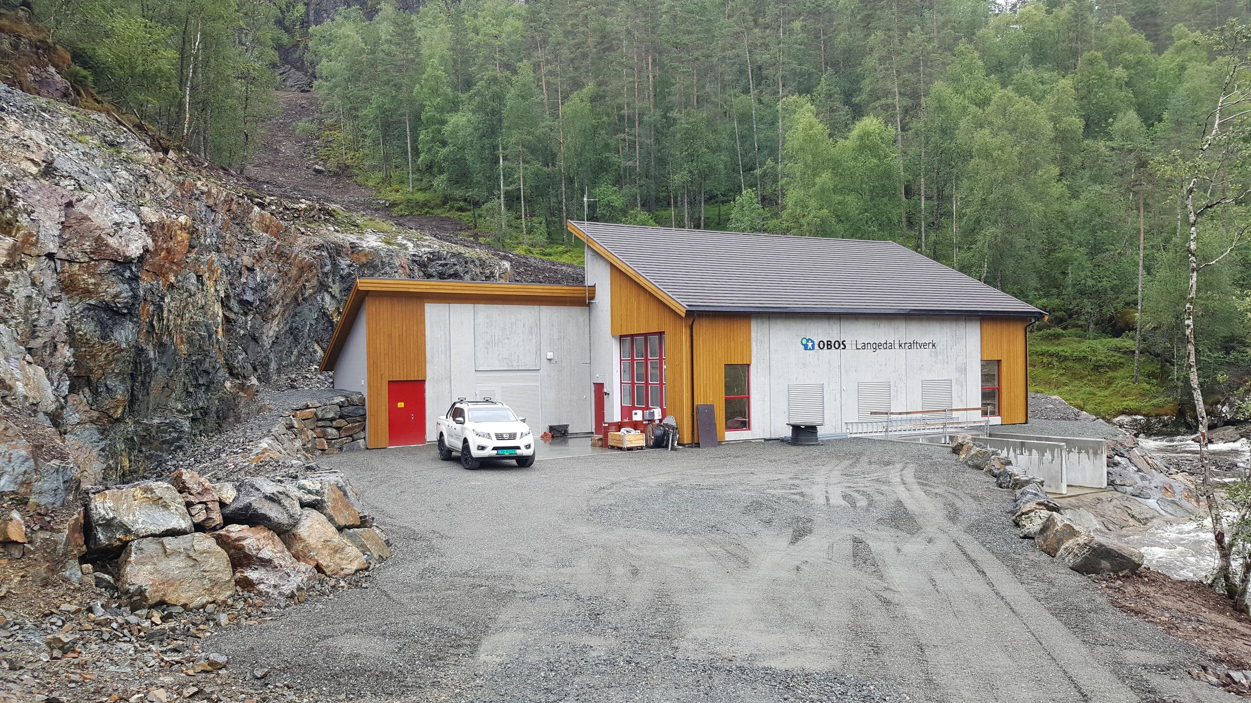 Langedal Kraftverk, stasjonsbygg