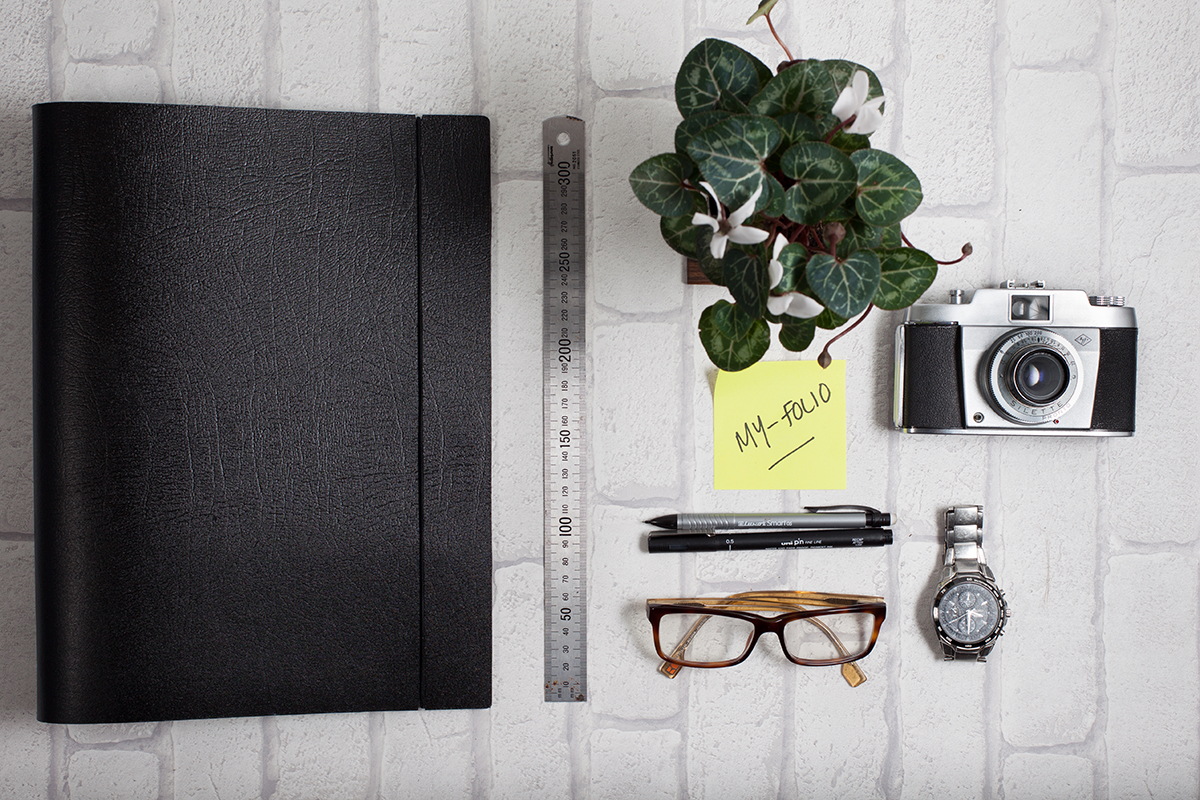 A4 portrait leather ring binder professional portfolio folder