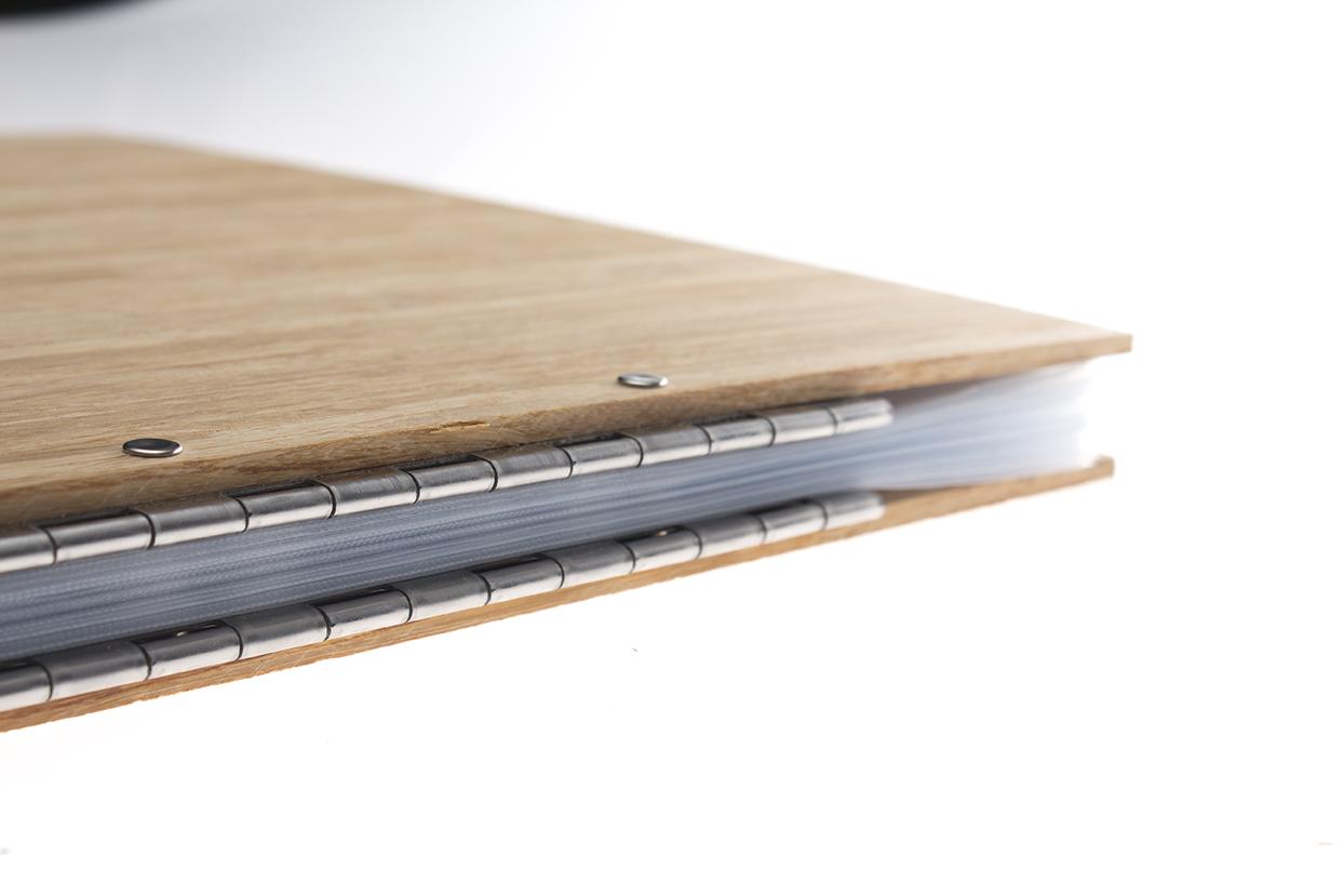 MYFOLIO_Bamboo_Wood_Custom_Bespoke_A4_A3_Personalised_Portfolio_Folder_Album0029.jpg