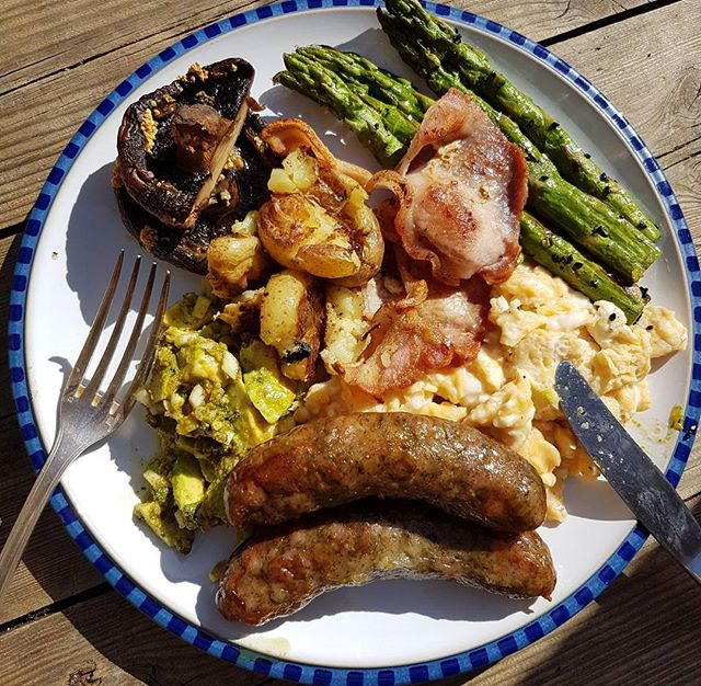 Late #sussex brunch living an #allotmentlife kinda day🌳🌻🌼🌾🌿🌞