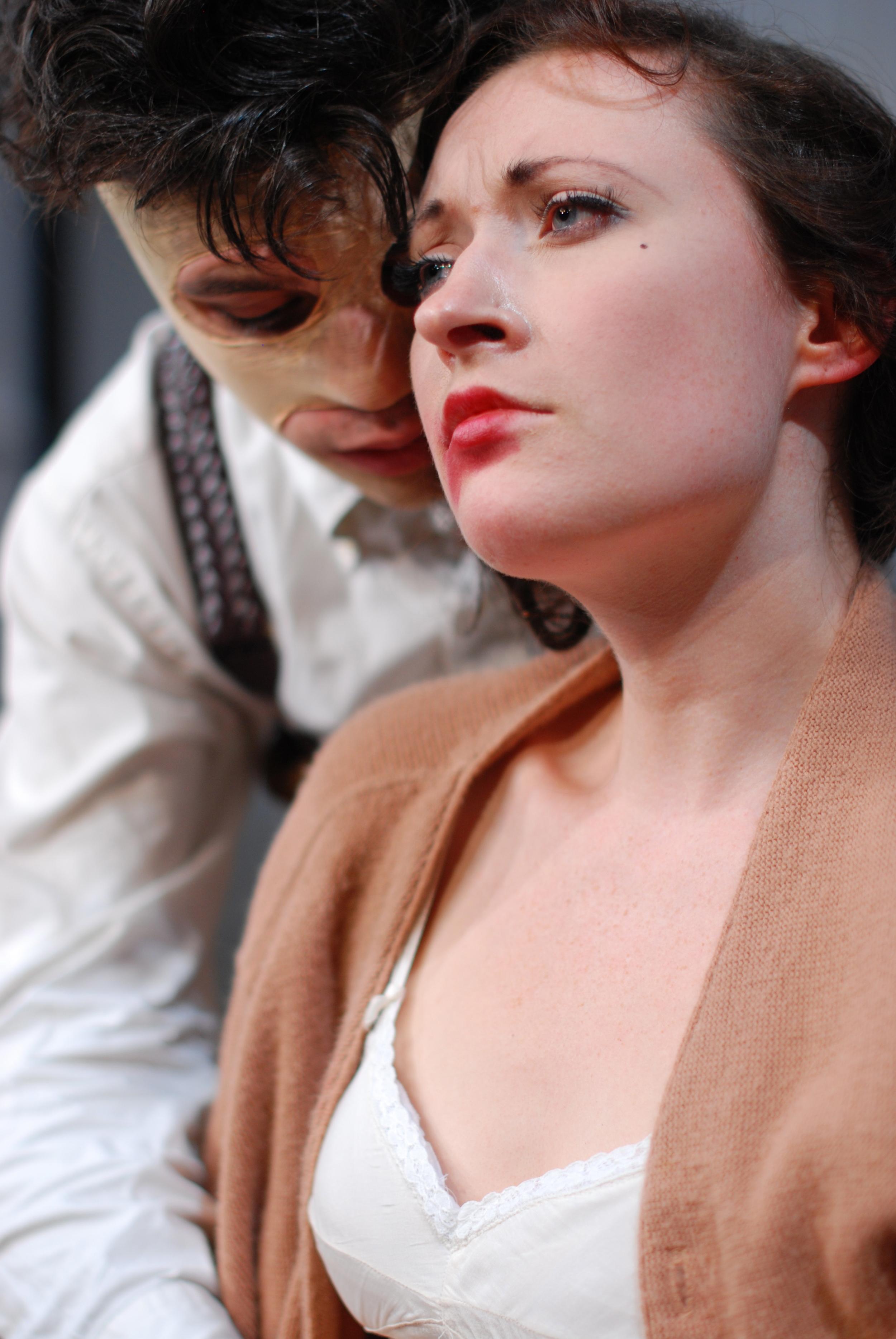Jacob Loeb as Roelle, Megan Rippey as Olga