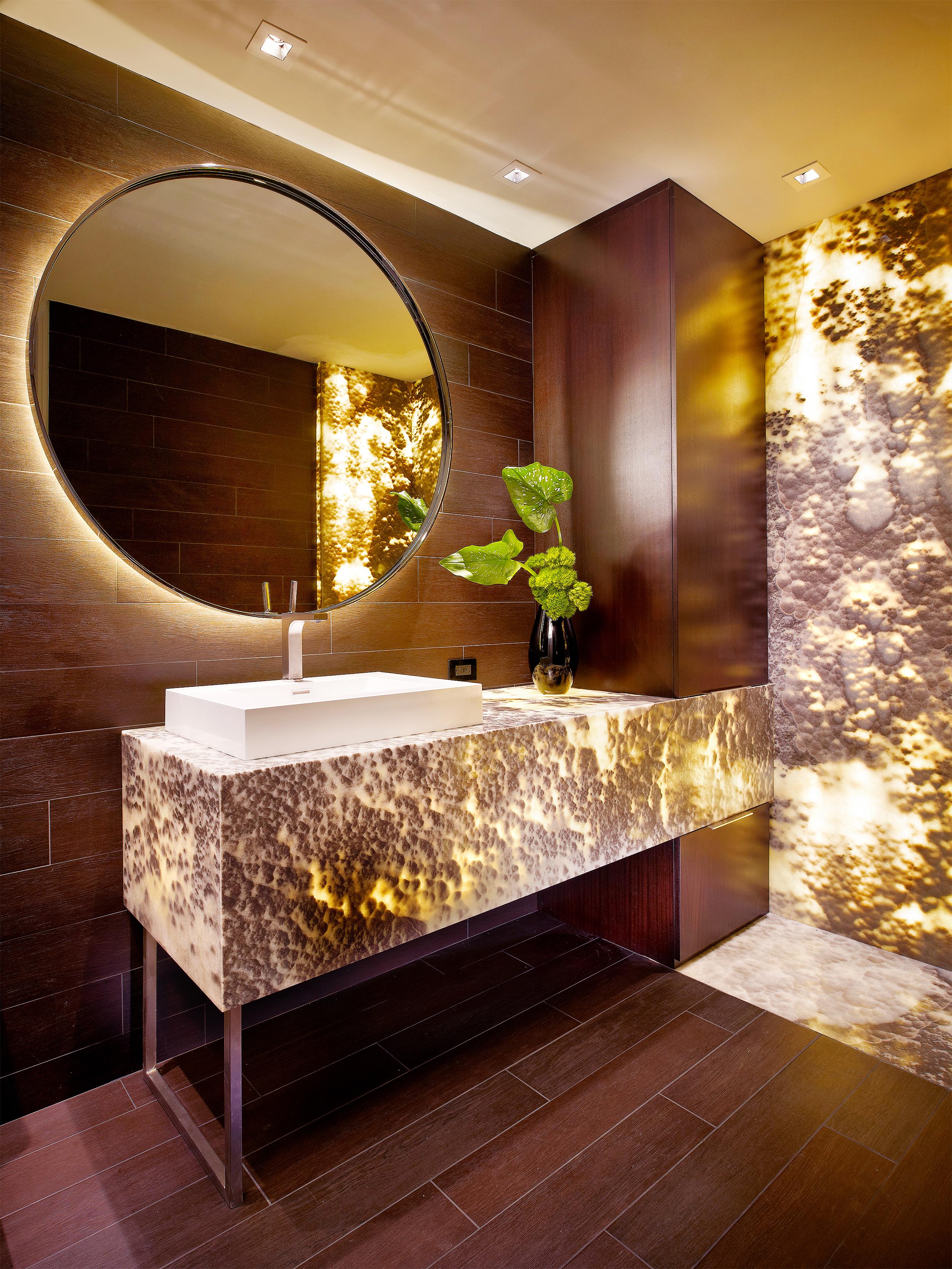 Klotz-Bath-A.jpg
