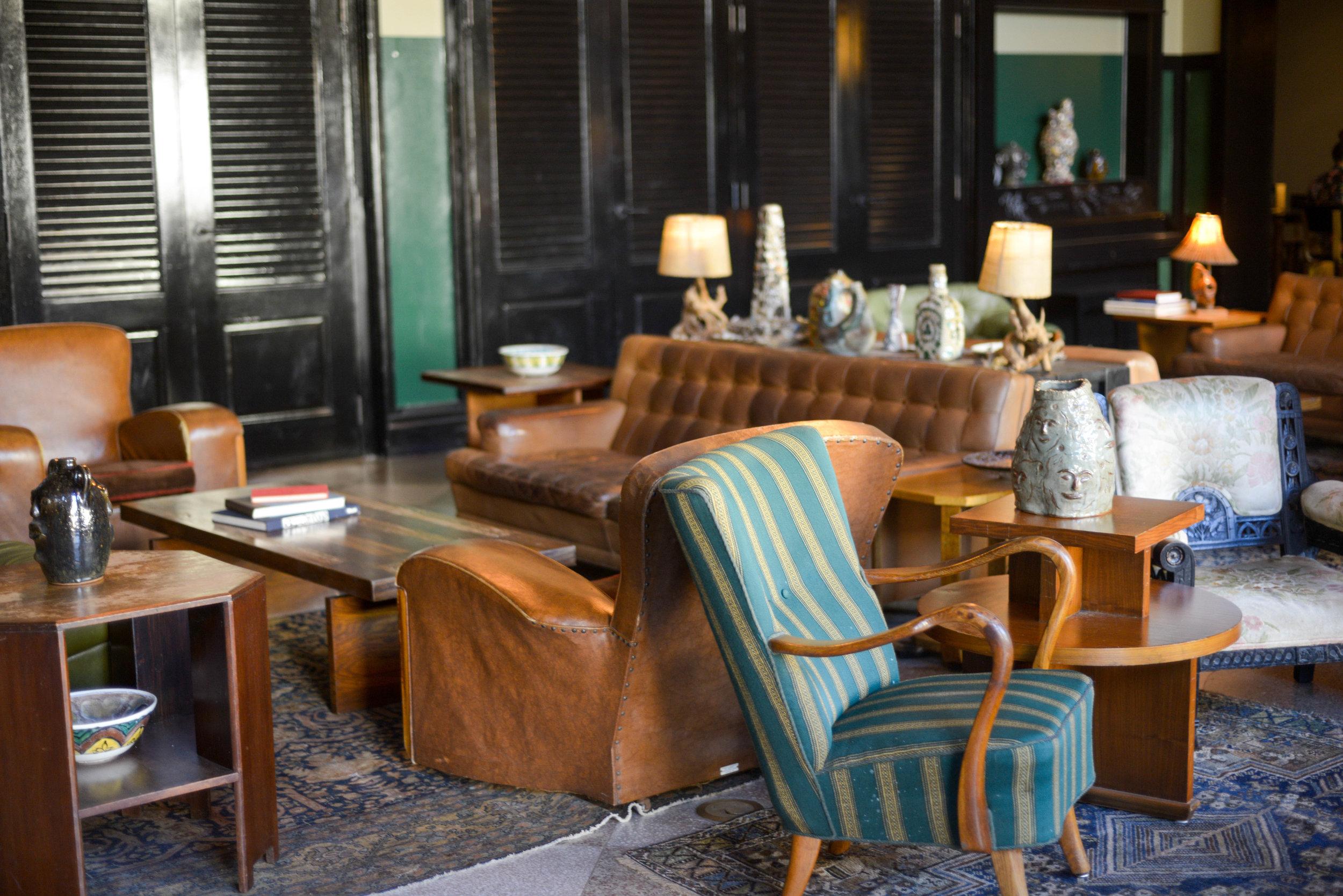 The Hotel Lounge | Photo: Lauren L Caron © 2016