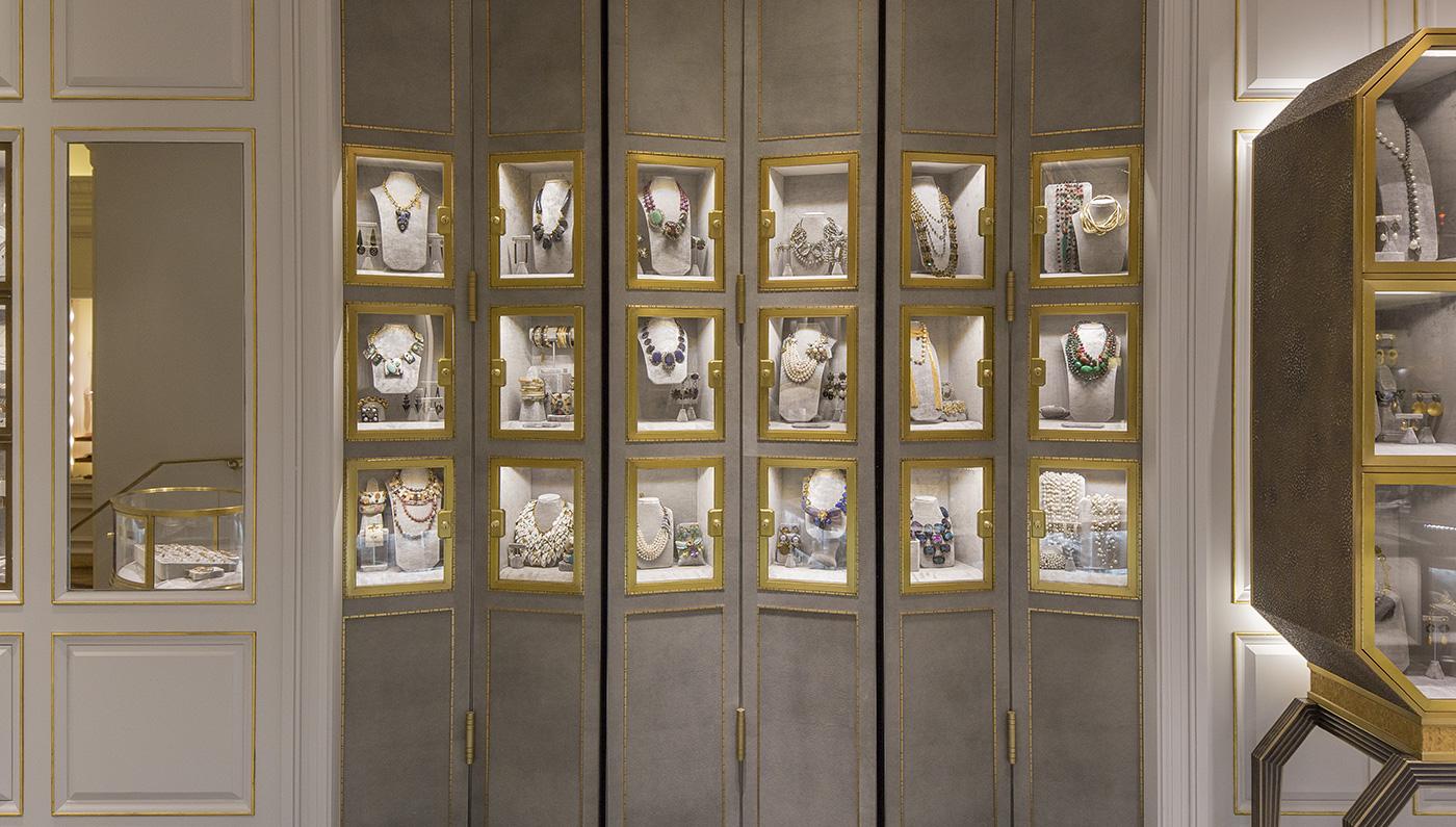 embed-bergdorf-goodman-jewelry-salon-manhattan-0_0.jpg