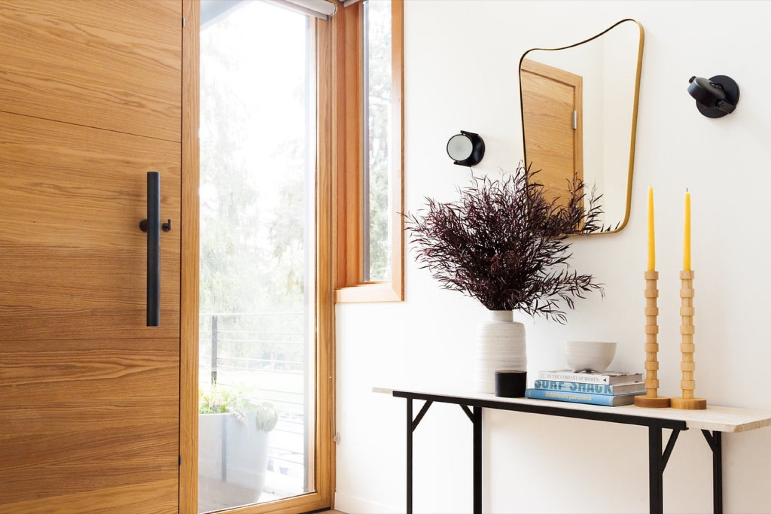 the-bongnormous-steel-door-pull-is-from-12th-avenue-irons-tom-kundig-collection.jpg
