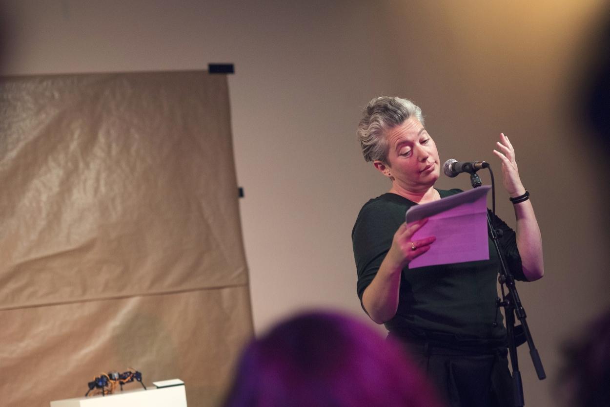Editor Anna Arov