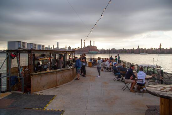 Brooklyn Barge Bar, c/o Greenpointers