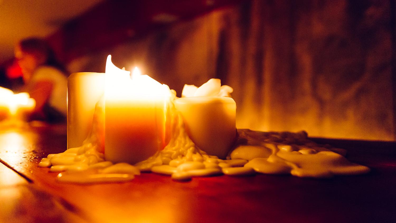 CandleLight40.jpg
