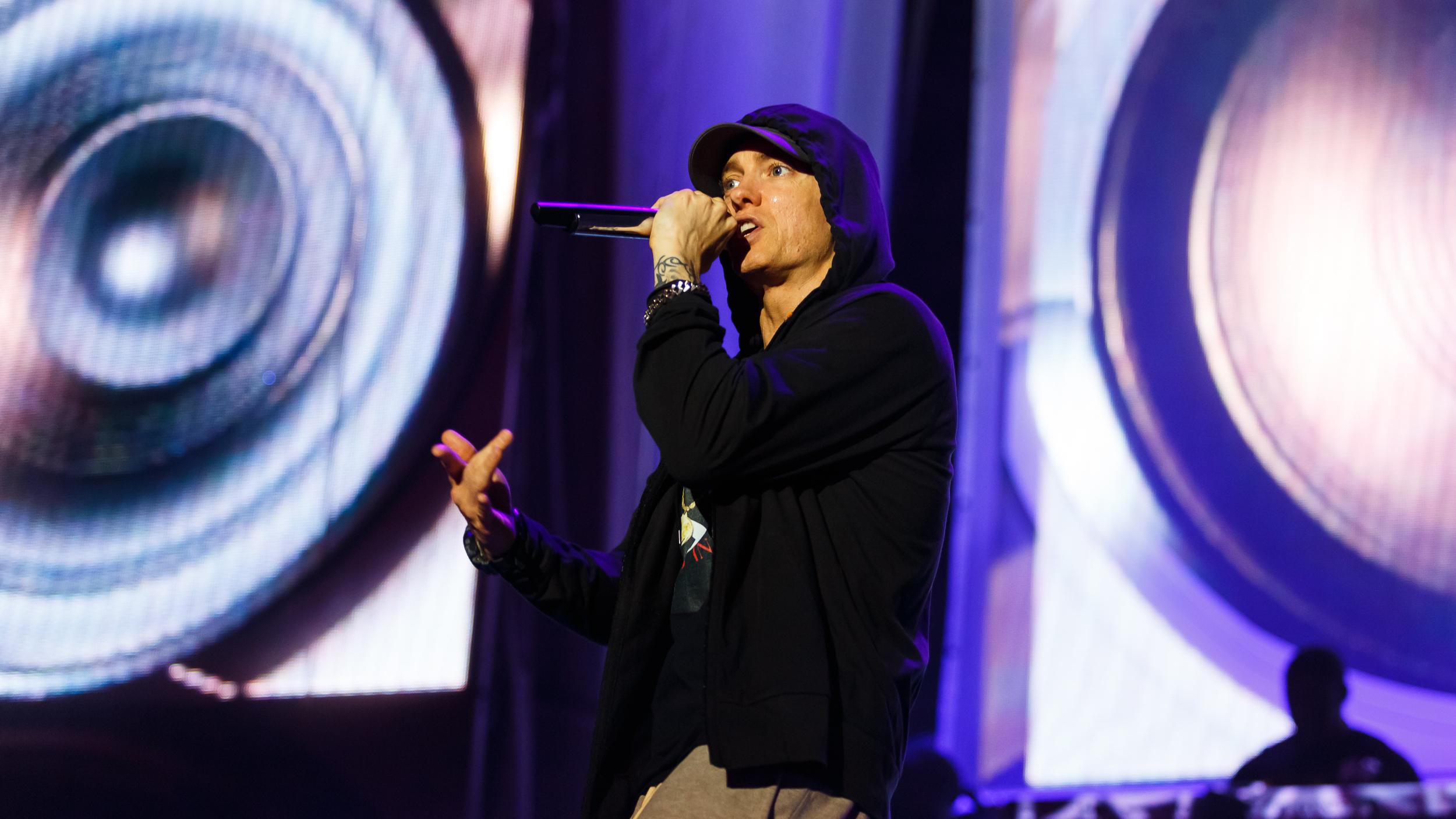 Eminem_photo5.jpg