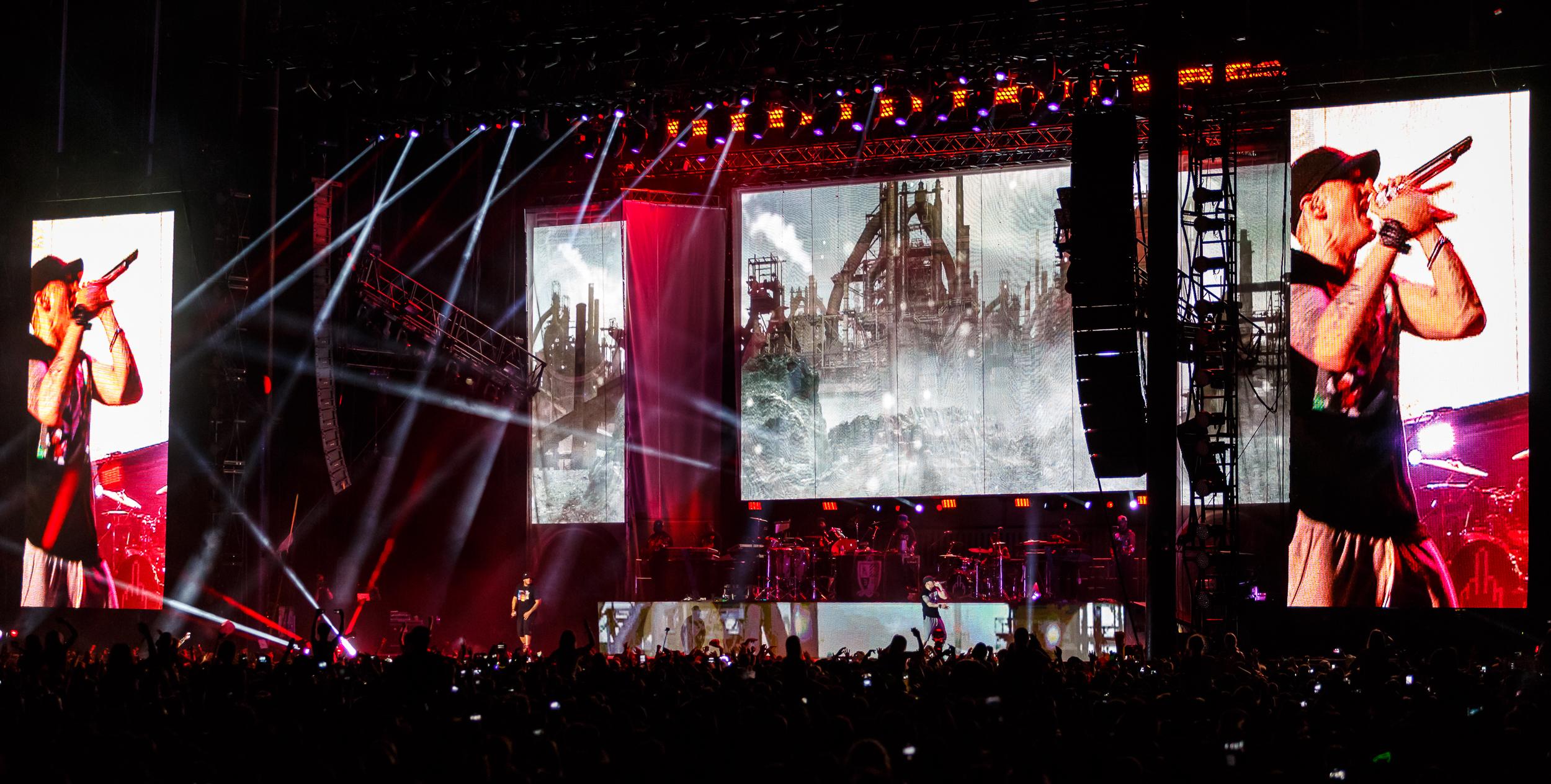 Eminem_photo25.jpg
