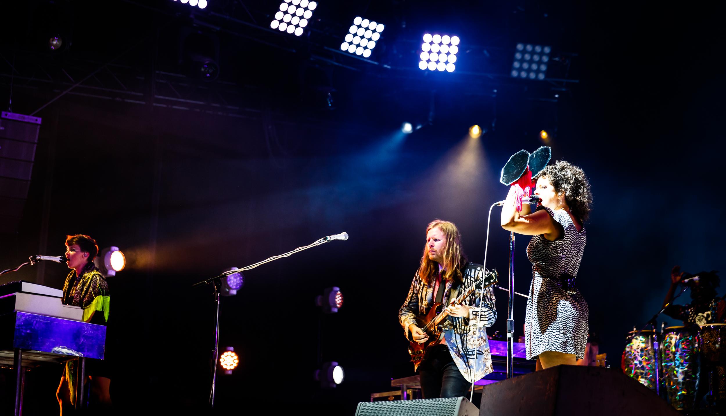 Arcade-Fire-Photo16.jpg