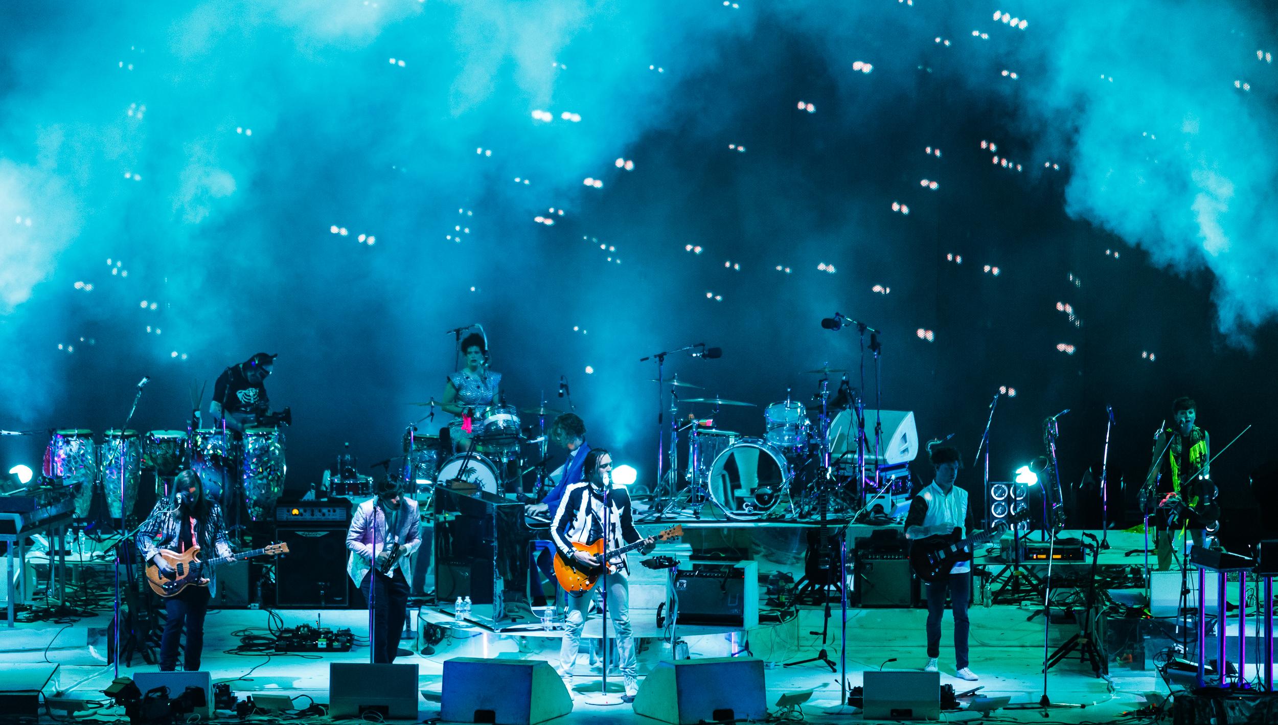 Arcade-Fire-Photo19.jpg