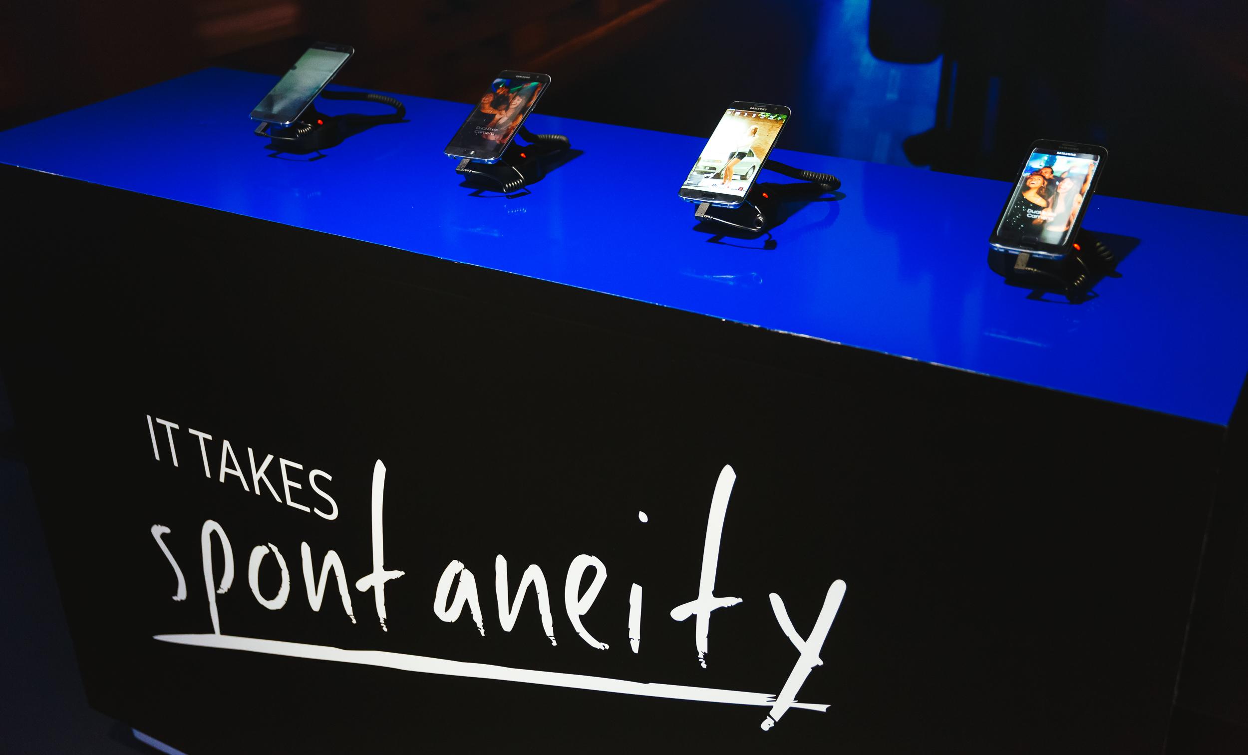 Samsung-Galaxy-Life-photo3.jpg