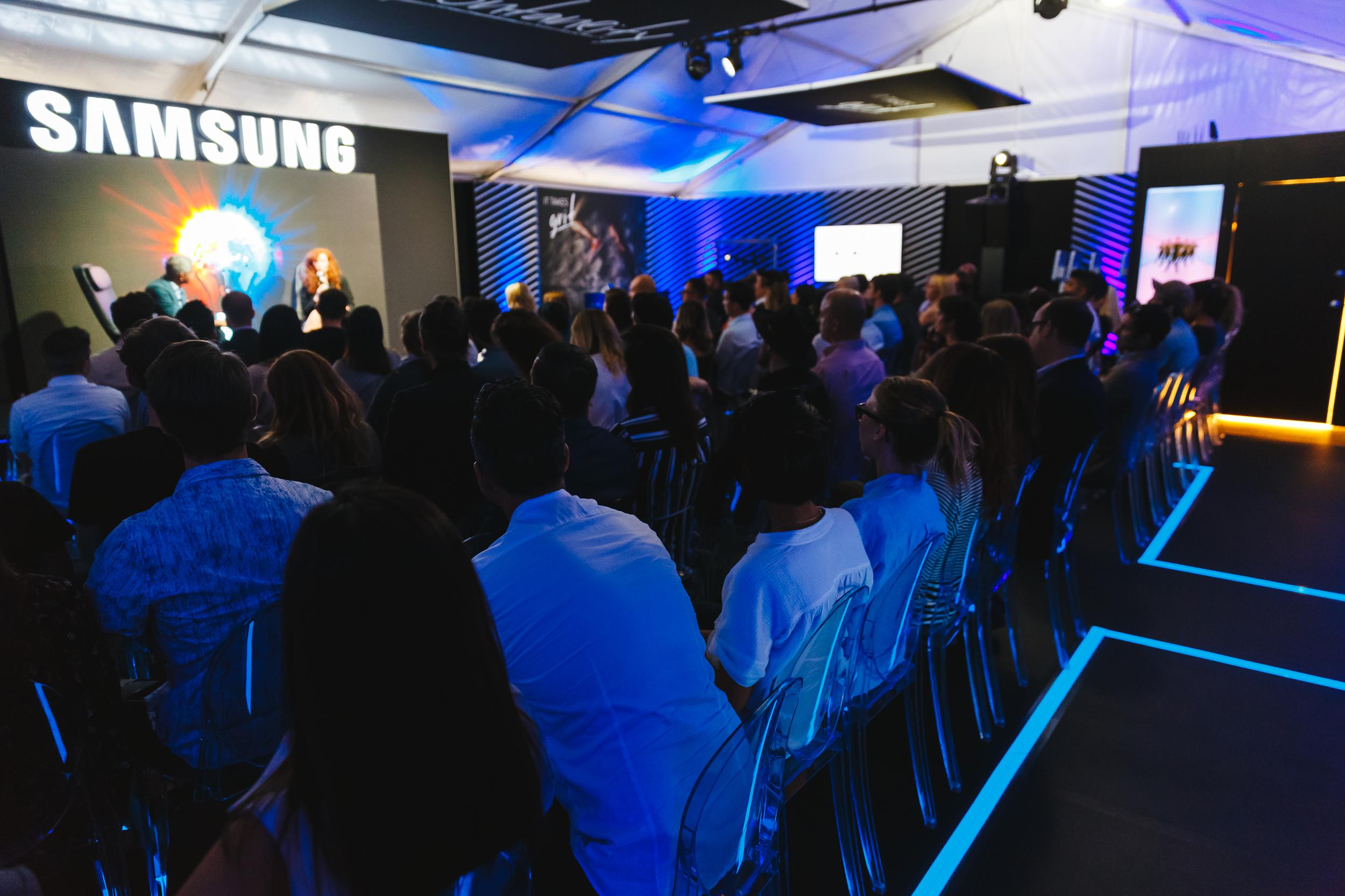 Samsung-Galaxy-Life-photo12.jpg
