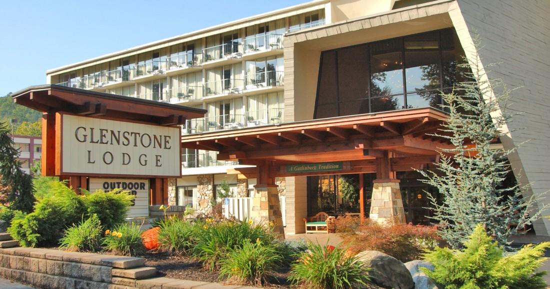 Glenstone-Lodge-Gatlinburg-Hotel-Gatlinburg-TN-Hotel-1100x579.jpg