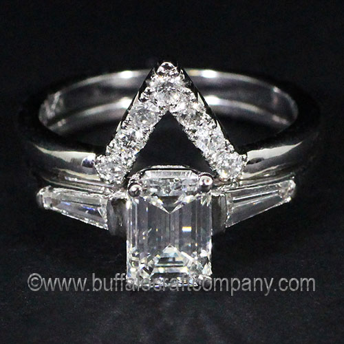 Hand fabricated-14k-white-gold-diamond-wedding-band-ring-heirloom-vintage-antique-fashion-jewelry-V shape