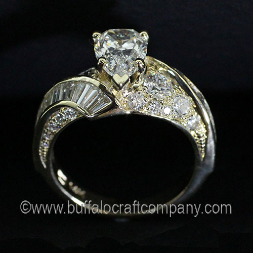 Custom-14ky-Diamond-Anniversary-Band-TMWEB3.jpg