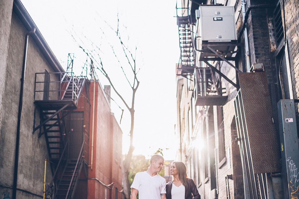 A great marriage is not when the 'perfect couple' comes together. It is when an imperfect couple learns to enjoy their differences.― Dave Meurer