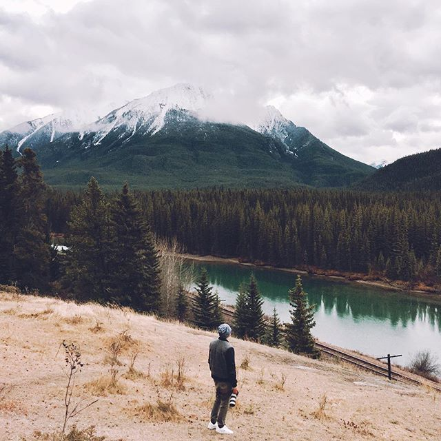 loves contagious ; also dangerous #banffcanada