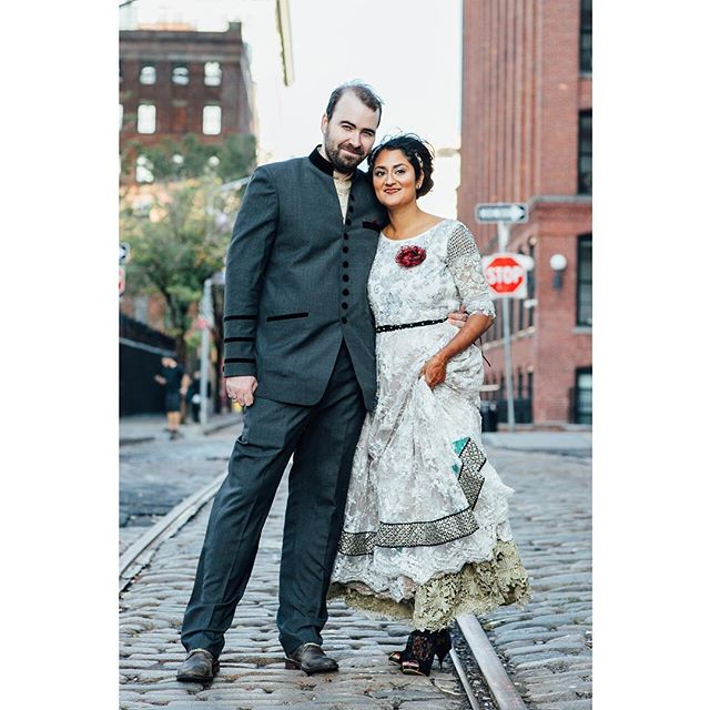 We are loving this shot of Swetha and Sean in Dumbo, Brooklyn. Jenna shot their Brooklyn wedding and we can't stop looking back at the images from this beautiful day. Head over to the blog to view more.