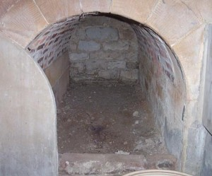 mausoleum_015-300x249.jpg