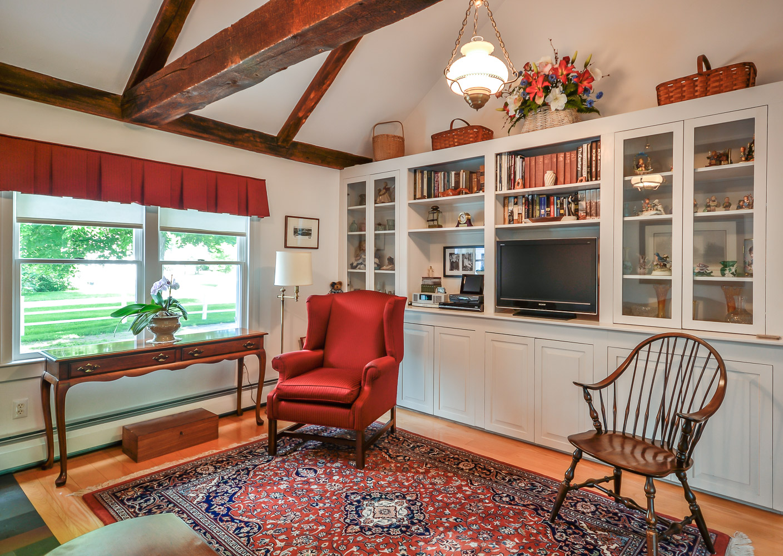 Gina Aselin Boston Road Amherst Village property 2014-06-08 035.jpg