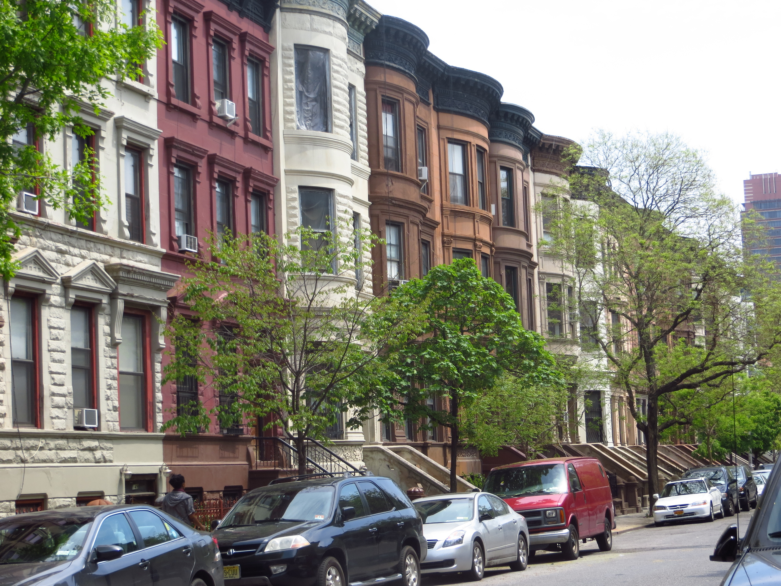 More Harlem brownstones