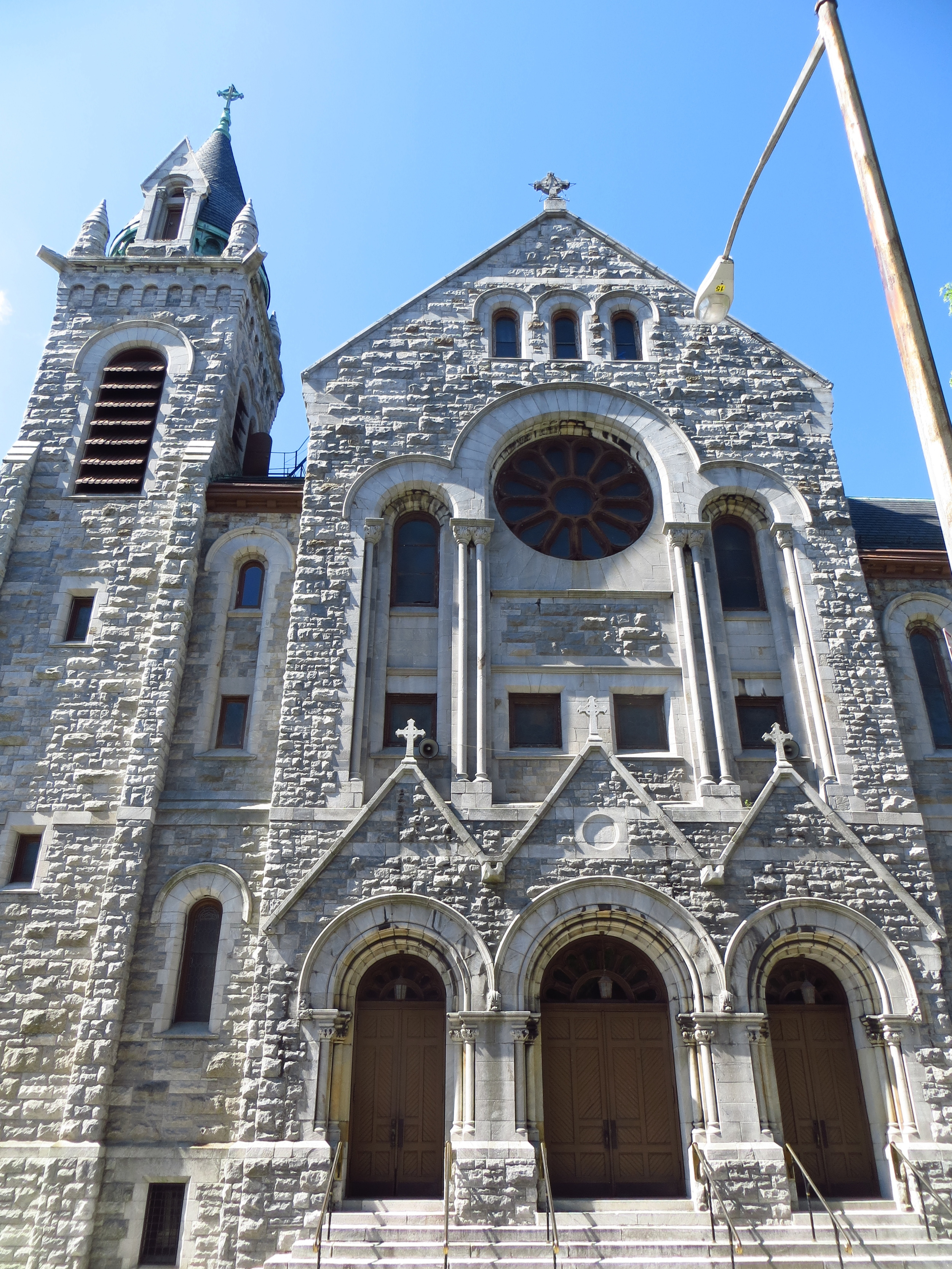 Holy Rosary Church (b. 1884)