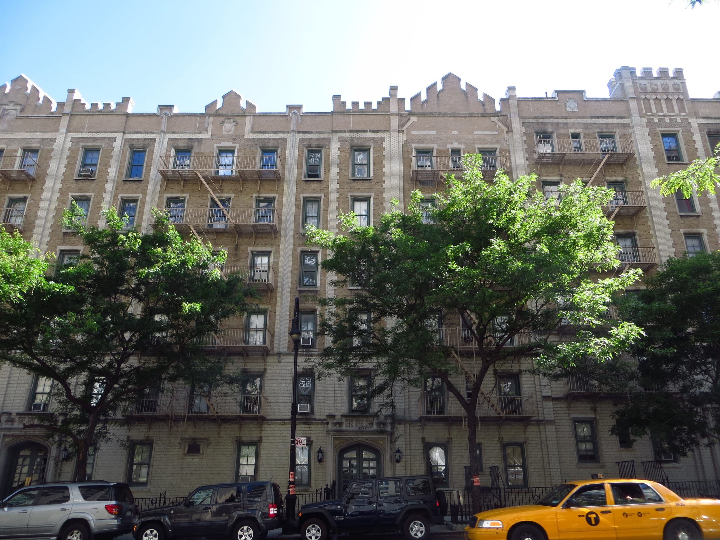 "York Avenue Estate, a ""model tenement"" (b. 1900)"