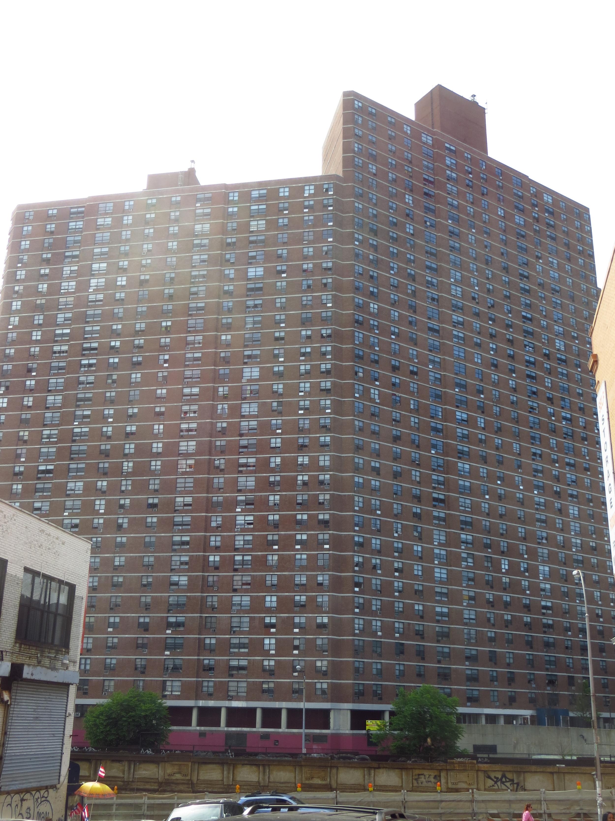 Riverside Park Community apartment complex