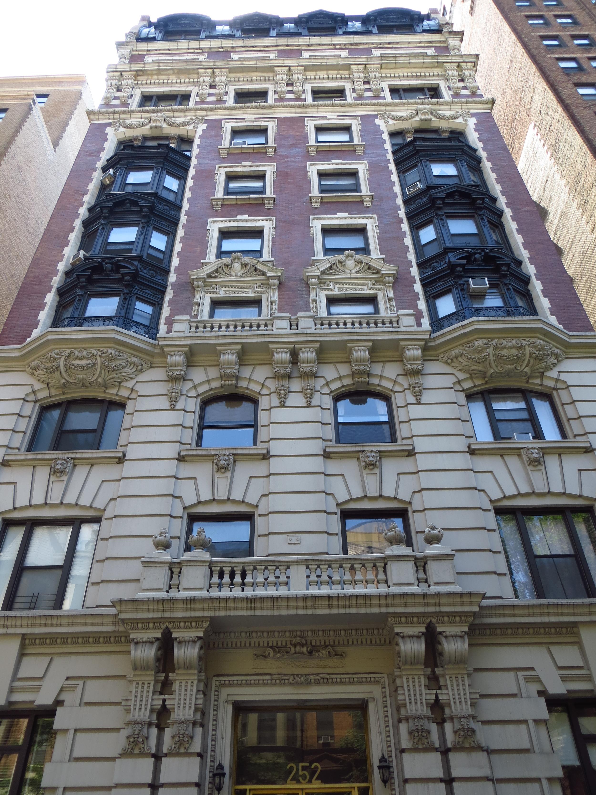 [Uncreative adjective] apartment building