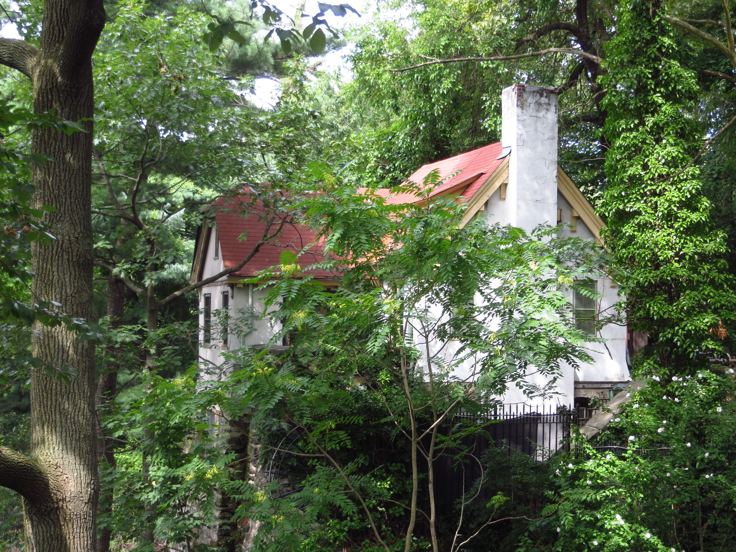 Fort Tryon Cottage