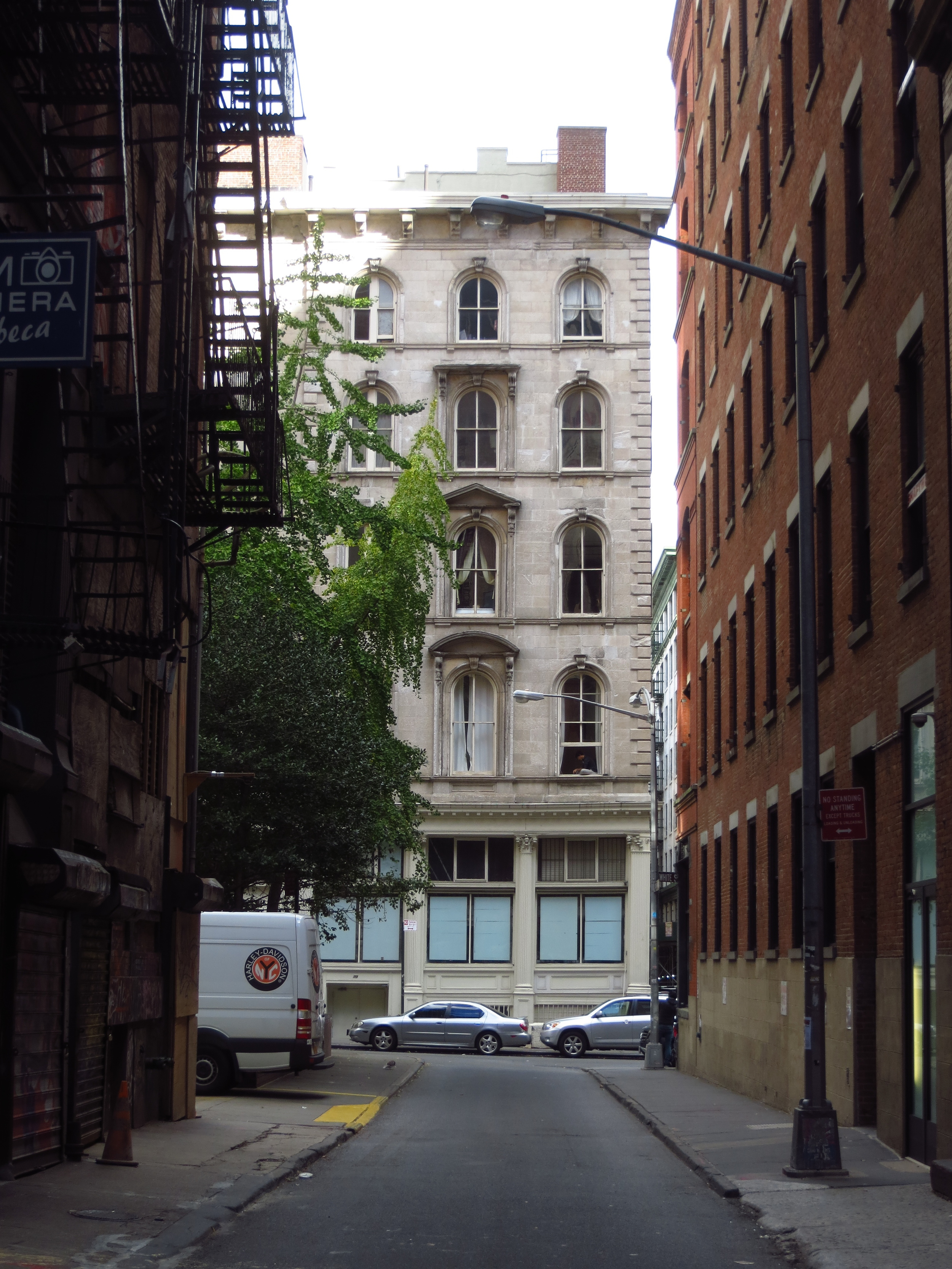 Cortlandt Alley