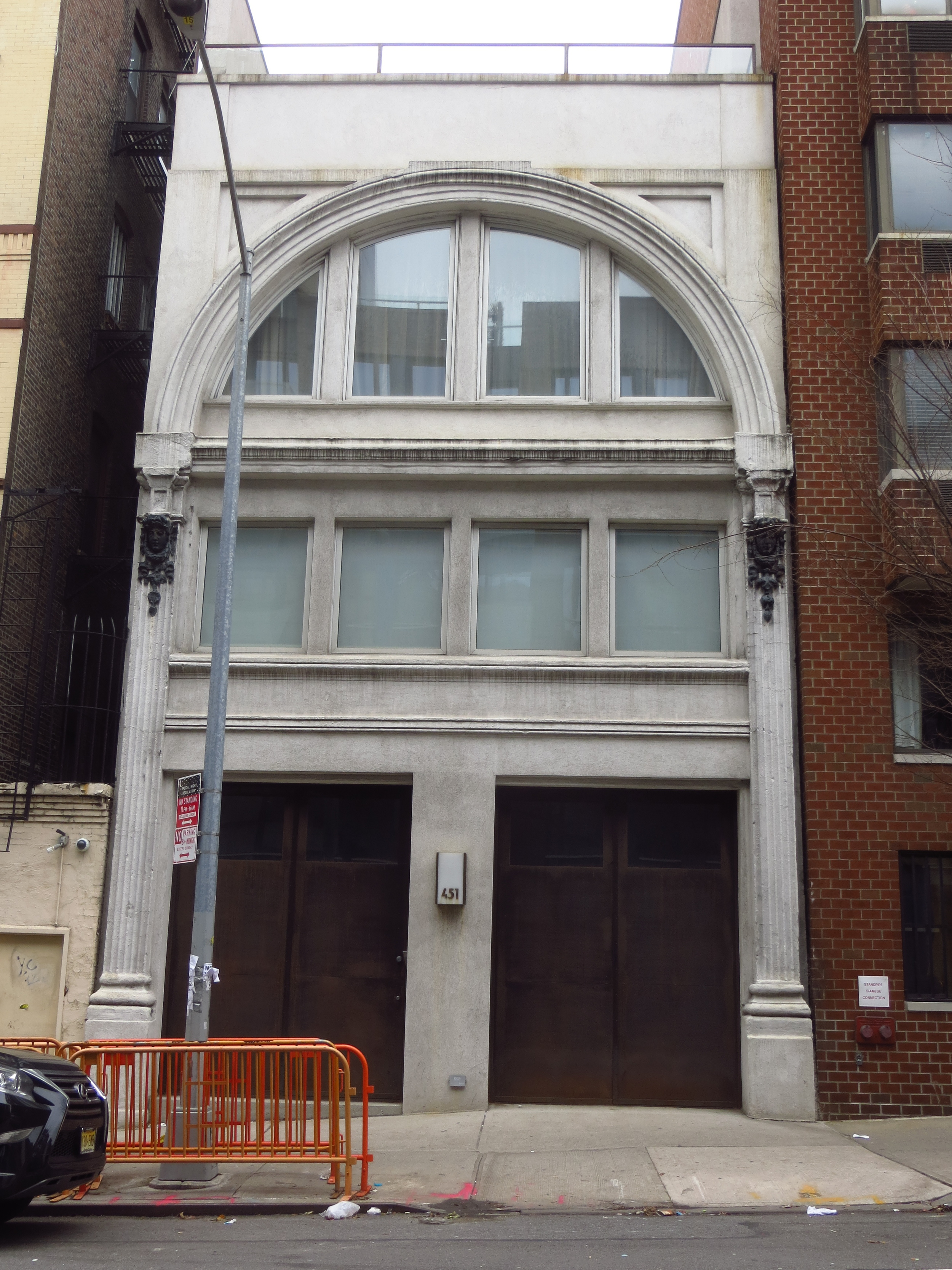 Building in Hell's Kitchen