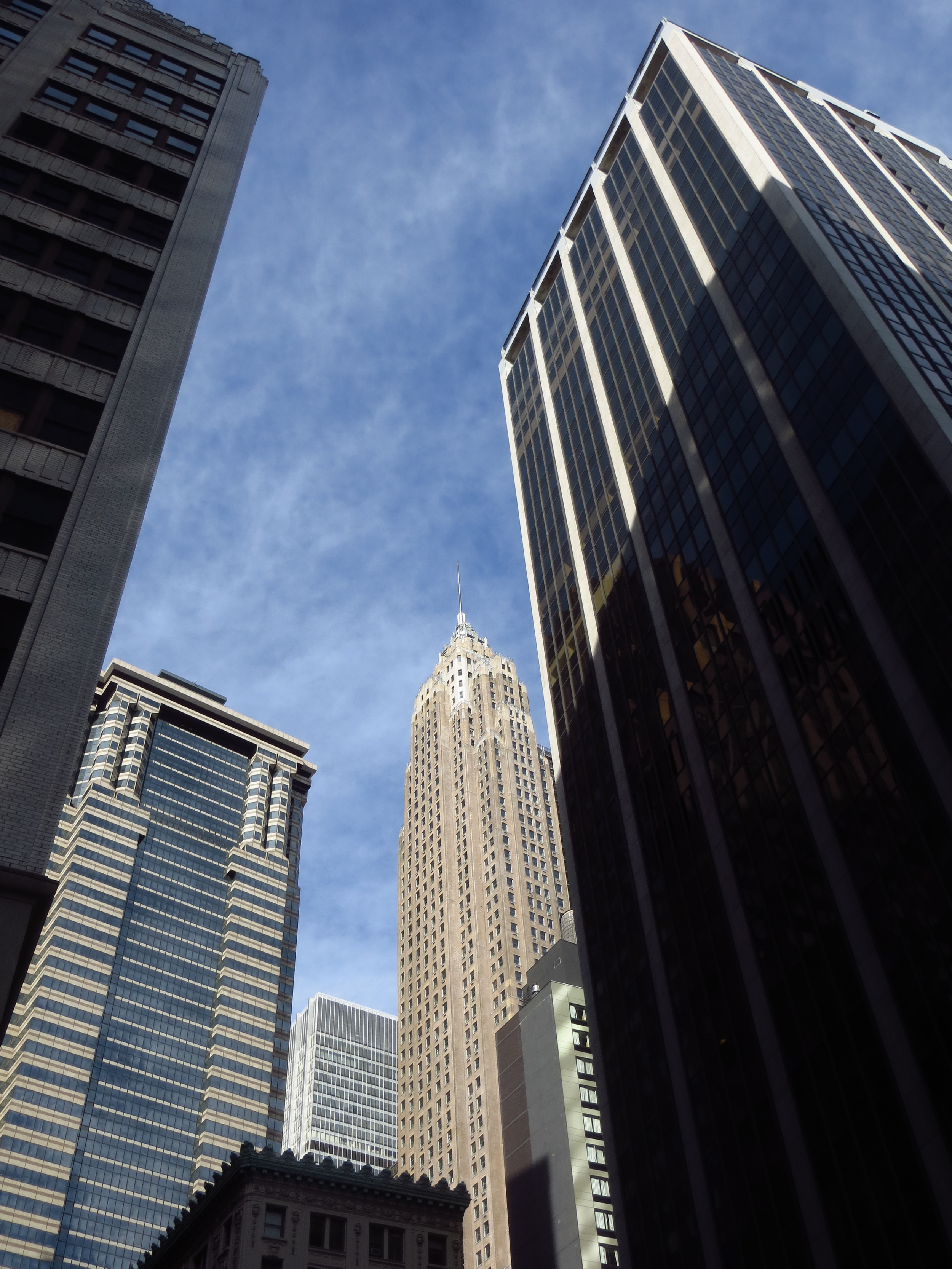 Financial District skyscrapers (70 Pine St. in the center)