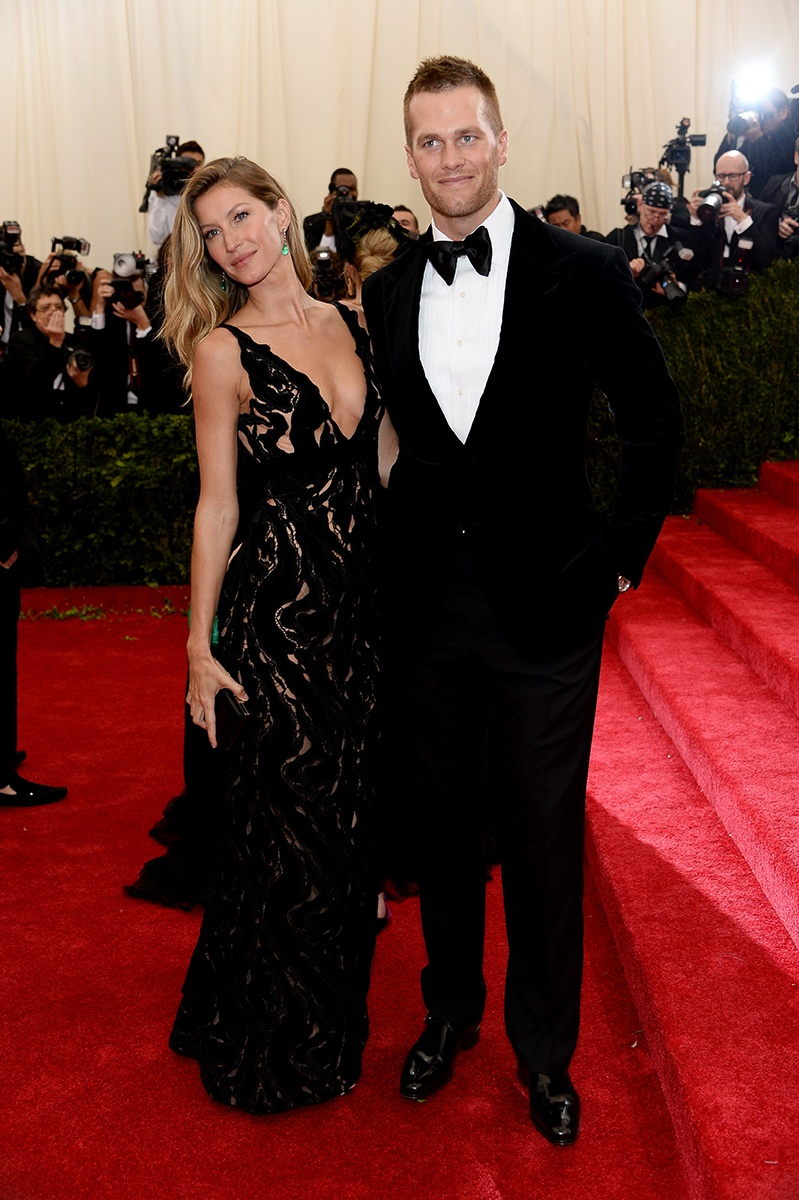 GISELE BUNDCHEN IN BALENCIAGA WITH FRED LEIGHTON JEWELS WITH TOM BRADY