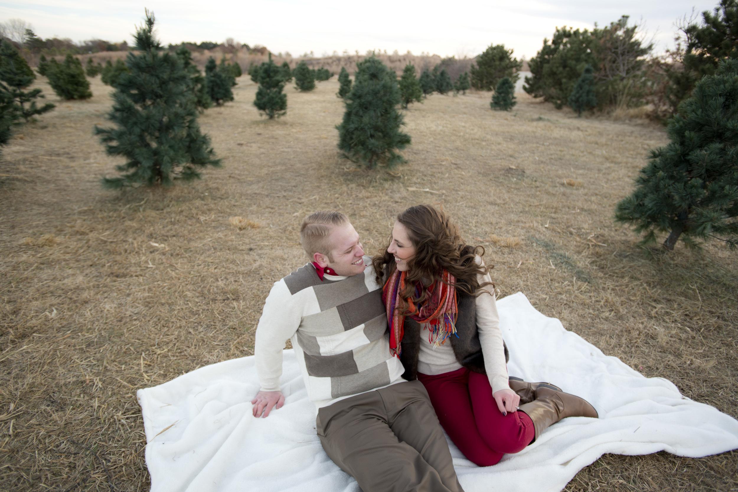 Huelskamp+Lohf.Engagement.60.jpg