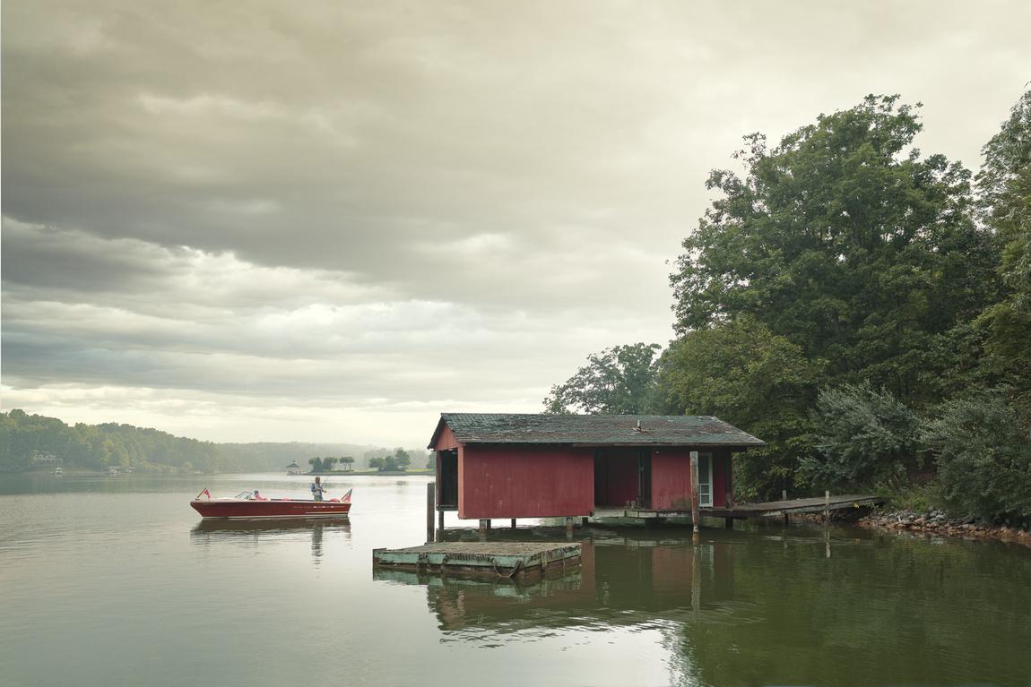 Shaun Fenn Archive 200 woody boater.jpg