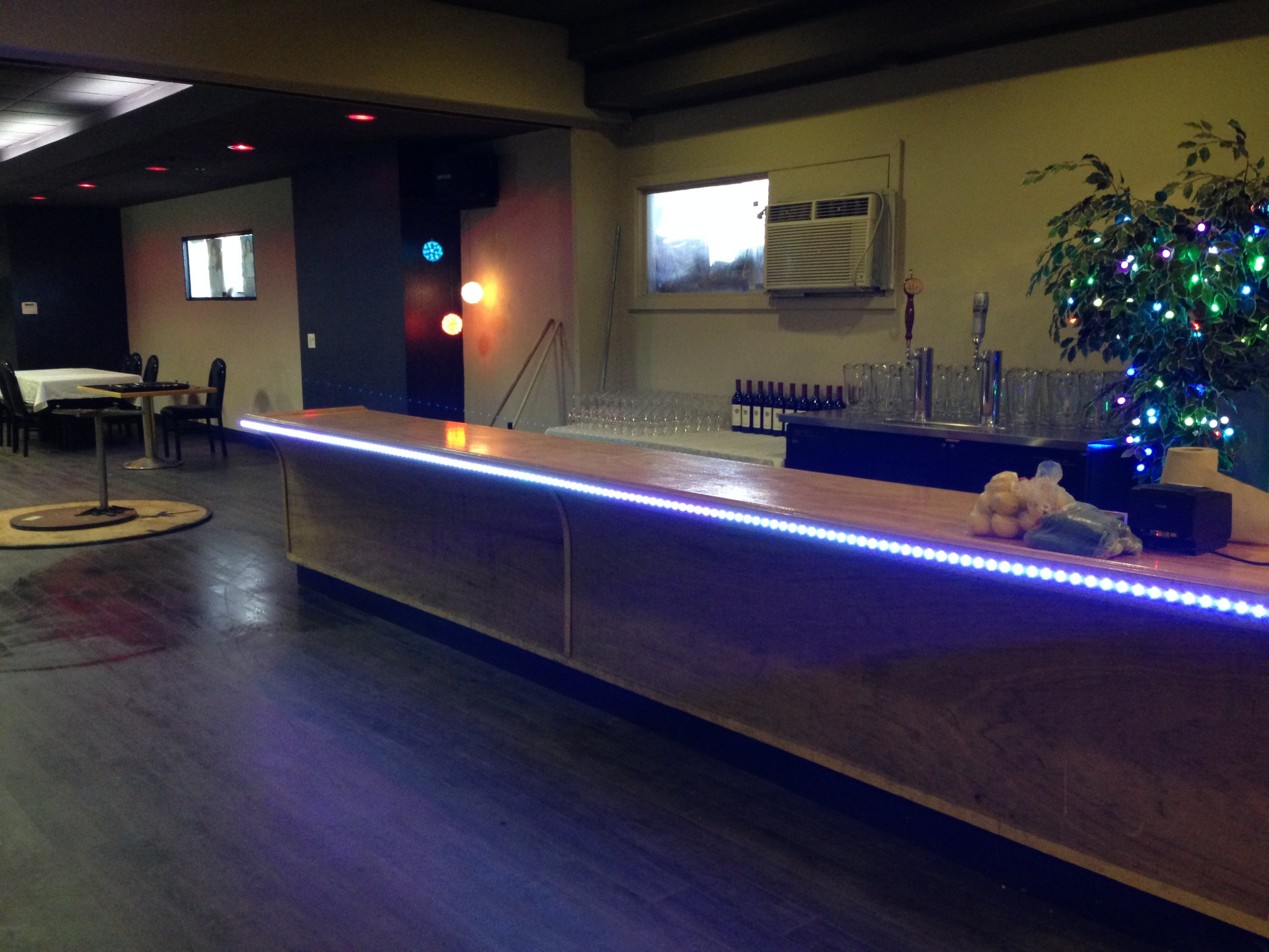 Fully stocked beer and wine bar available