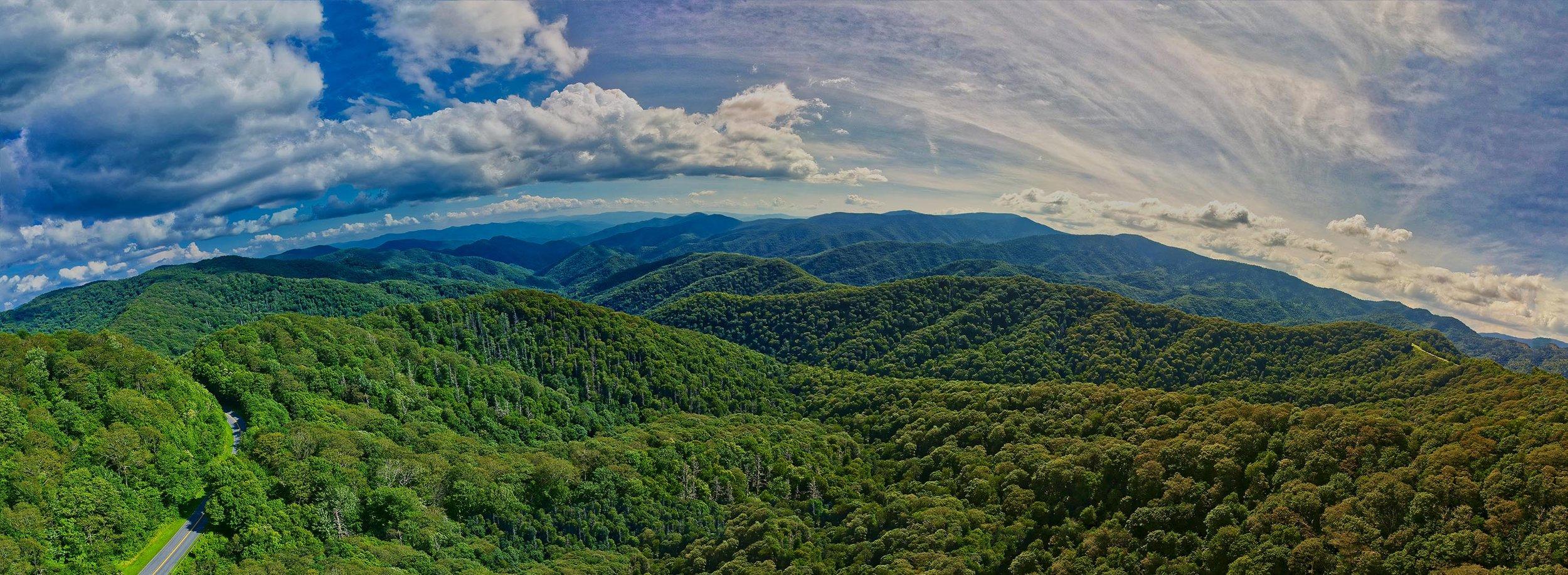 Rocky Mountains Panorama 1.jpg